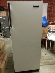 Fridgedaire 300lt Fridge